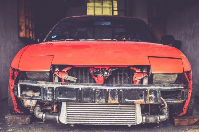 Padłeś ofiarą wypadku samochodowego? Sprawdź, jak uzyskać odszkodowanie po wypadku